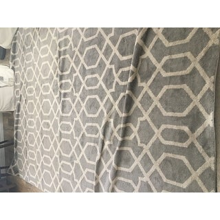 "Contemporary Trellis Design Gray Indoor Area Rug - 7'10"" x 10'2"""