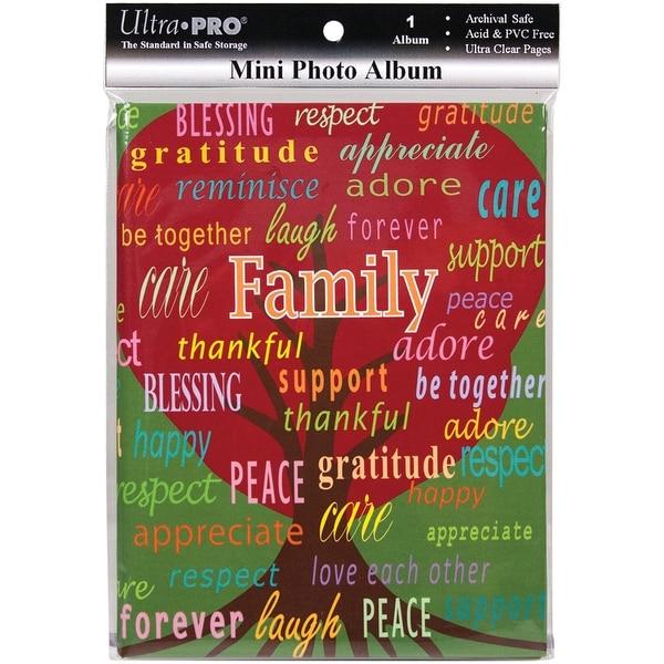 "Ultra Pro Mini Photo Album 4""X6"" -Family"