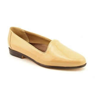 Trotters Liz W Round Toe Patent Leather Loafer
