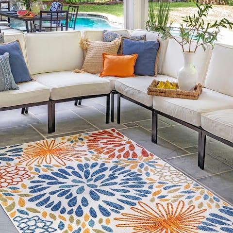 nuLOOM McEwen Indoor/Outdoor Bohemian Contemporary Floral Area Rug