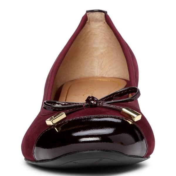 Vionic Women's Daphne Shoe Tan 7.5 M