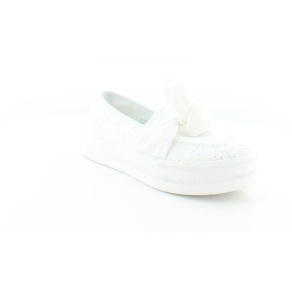 945a30e139bd3 Shop G by Guess Chippy Women's FLATS White - Free Shipping On Orders ...