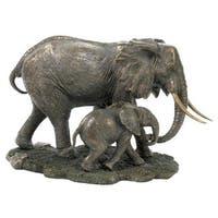 Unicorn Studios WU74802A4 Elephant and Baby Elephant Sculpture