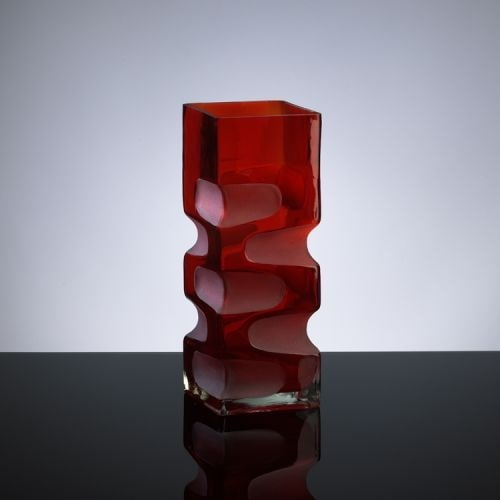 """Cyan Design 1823 11.5"""" Small Ruby Etched Vase"""