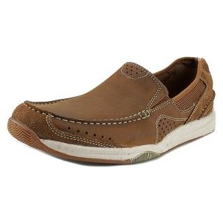 Clarks Allston Free Round Toe Leather Walking Shoe