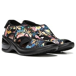 Bzees Women's Kiss Sandal - black maui