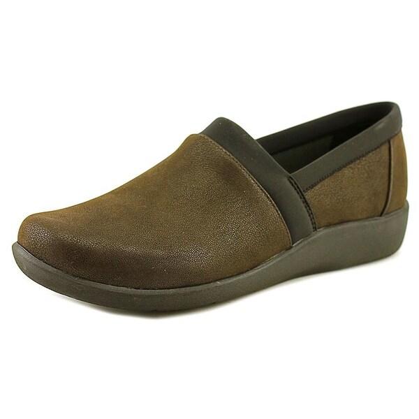 6d58be695de Shop Clarks Narrative Sillian Blair Women Round Toe Leather Loafer ...