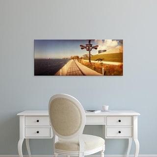 Easy Art Prints Panoramic Image 'Promenade, Olympic Sculpture Park, Seattle Art Museum, Seattle,Washington' Canvas Art