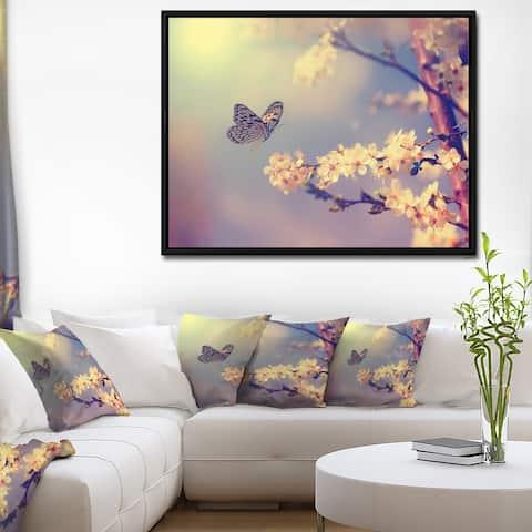 Designart 'Vintage Butterfly with Flowers' Large Floral Framed Canvas Art Print