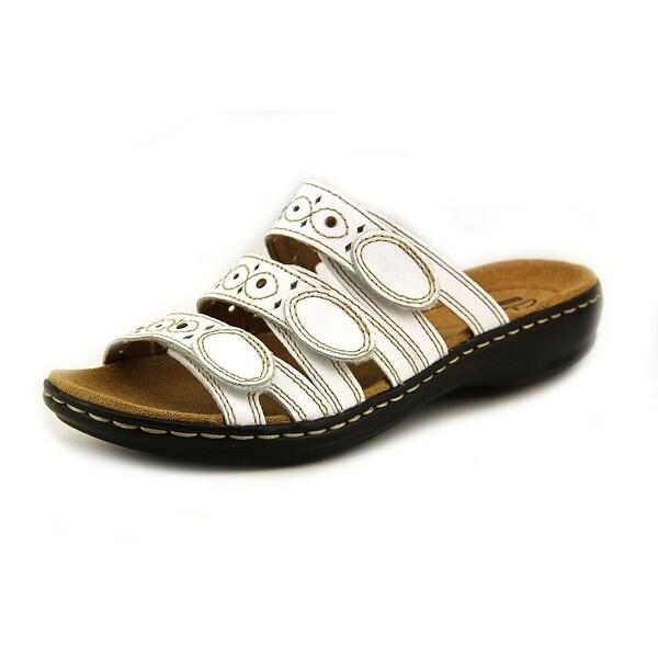 Clarks Narrative Leisa Cacti Q Women Open Toe Leather White Slides Sandal