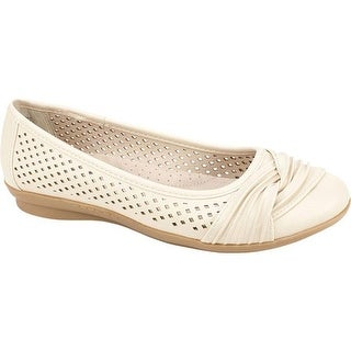 Cliffs by White Mountain Women's Harlyn Perforated Flat Ice Smooth Polyurethane