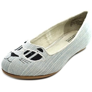 White Mountain Rachelle Round Toe Canvas Flats