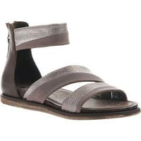 OTBT Women's Souvenir Flat Sandal Zinc Leather
