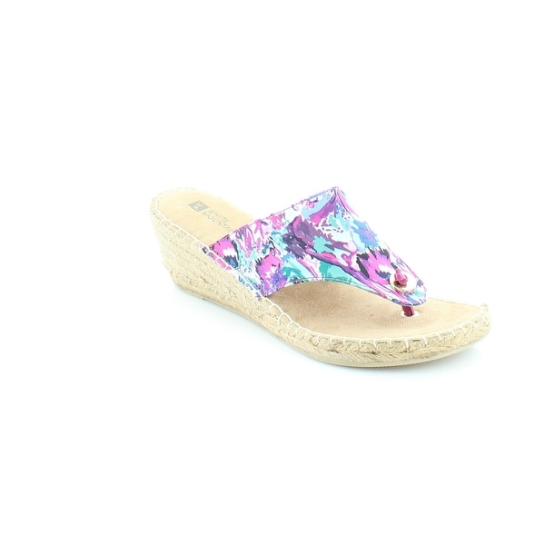White Mountain Beachball Women's Sandals & Flip Flops Fuchsia