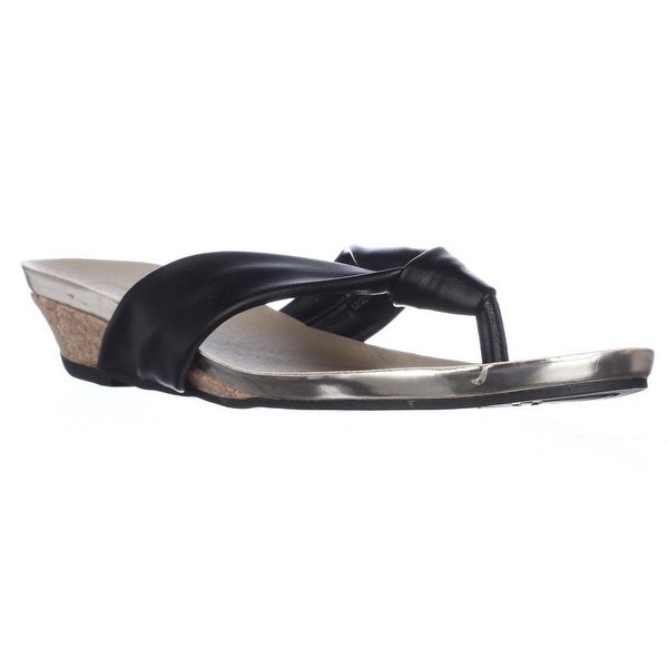 Kenneth Cole REACTION Great Date Thong Flip Flop Sandals, Black