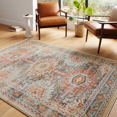 Alexander Home Luxe Fireside Antiqued Distressed Area Rug