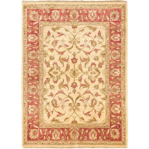 ECARPETGALLERY Hand-knotted Chobi Finest Cream Wool Rug - 4'9 x 6'7