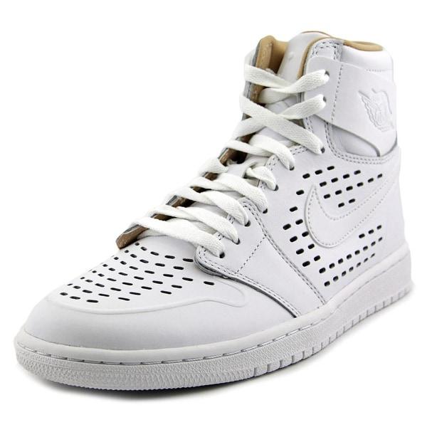 Jordan Air Jordan 1 Retro High Round Toe Leather Basketball Shoe