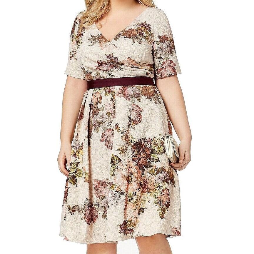 45c03910055f Adrianna Papell Beige Women 16W Plus Sheath Glitter Floral Dress