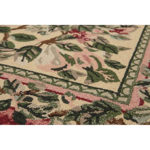 "Handmade Ornamental Botanical Beige,Burgundy Hand Hooked Wool Transitional Oriental Area Rug (5x7) - 5'3"" x 8'3"""