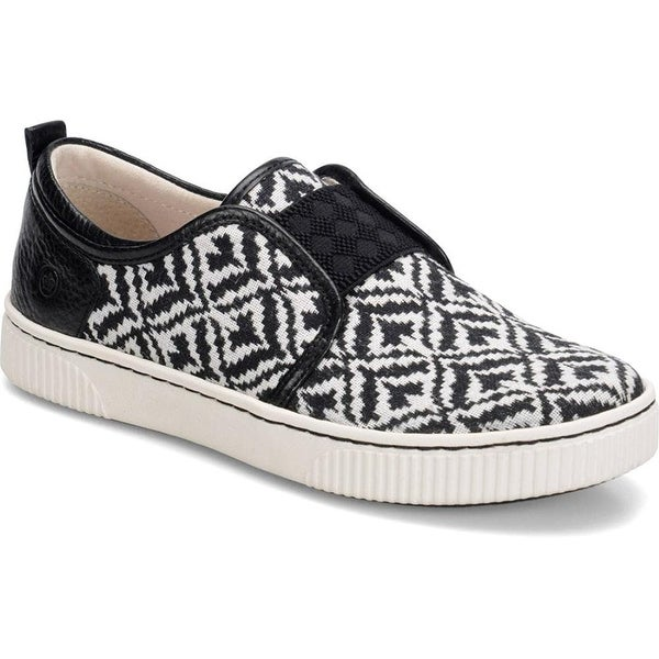 B.O.C Womens Callisto Leather Low Top Slip On Fashion Sneakers