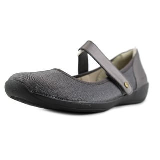 Stretchies Margaret II Round Toe Synthetic Mary Janes|https://ak1.ostkcdn.com/images/products/is/images/direct/ae8ec161a189055160930d9a73339f79a3ceda9f/Stretchies-Margaret-II-Round-Toe-Synthetic-Mary-Janes.jpg?impolicy=medium
