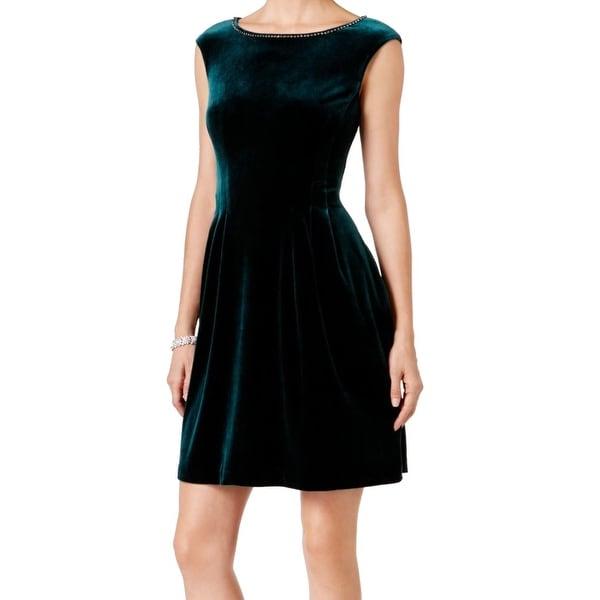 Vince Camuto Womens Velvet Embellished Sheath Dress