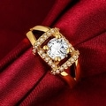 Jewel Lined Gold Ring - Thumbnail 2