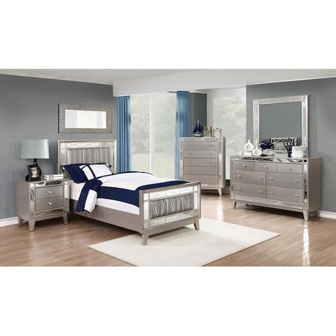 Pressley Contemporary Metallic 4-piece Bedroom Set