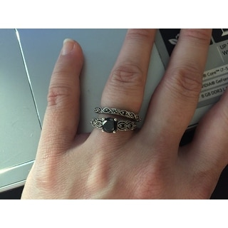 Miadora 10k White Gold 1/8ct TDW Black Diamond Stackable Wedding Band Ring