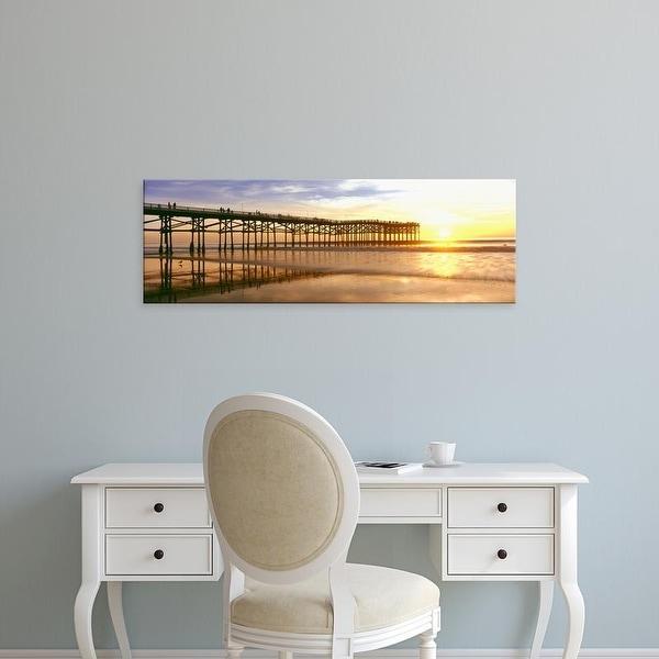 Easy Art Prints Panoramic Image 'Crystal Pier, Pacific Beach, San Diego, California' Canvas Art