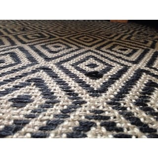 Black Jute Diamonds 10 X14 Flat Weave Rug Free
