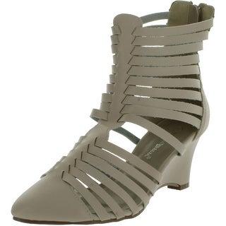 Nature Breeze Womens Seoul-01 Back Zipper Closed Toe Gladiator Sandals
