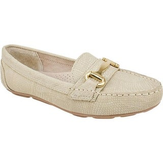 White Mountain Women's Scotch Loafer Sand Exotic Nubuck
