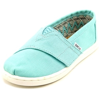 Toms Classic Youth Round Toe Canvas Blue Loafer