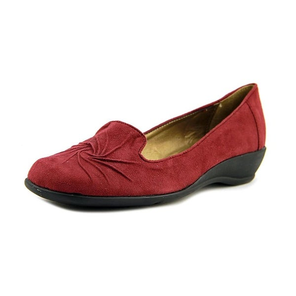 Soft Style by Hush Puppies Rory Women W Round Toe Canvas Burgundy Loafer