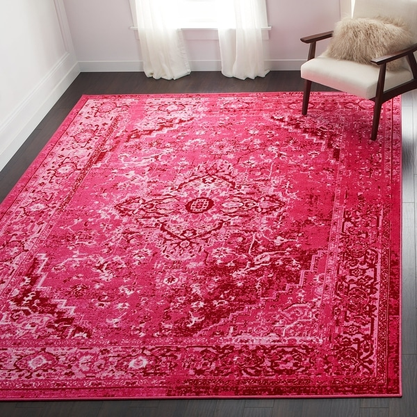 nuLOOM Traditional Vintage-inspired Area Rug. Opens flyout.