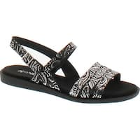 Aerosoles Women's Astrology Flat Sandal - Black/Silver