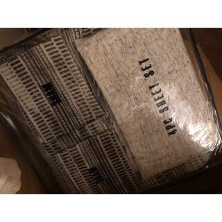 Porch & Den Bladgen 7-piece Bed in a Bag
