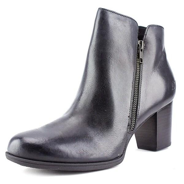 Born Jeana Women Round Toe Leather