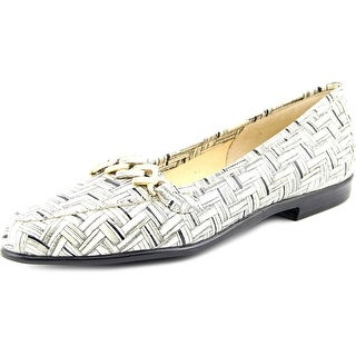 Amalfi By Rangoni Oste Women Round Toe Patent Leather Loafer