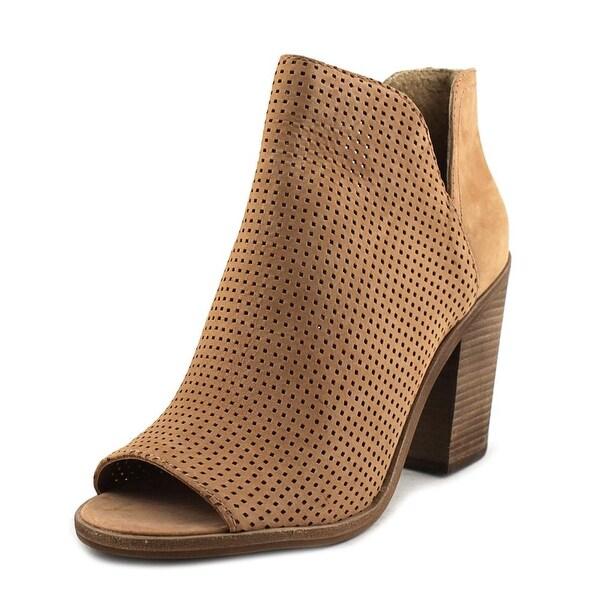 Steve Madden Tala Women Camel Boots
