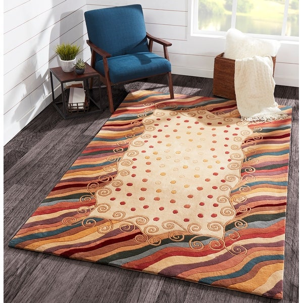 Momeni New Wave Beige Hand-Tufted and Hand-Carved Wool Rug (7'9 X 7'9 Round)