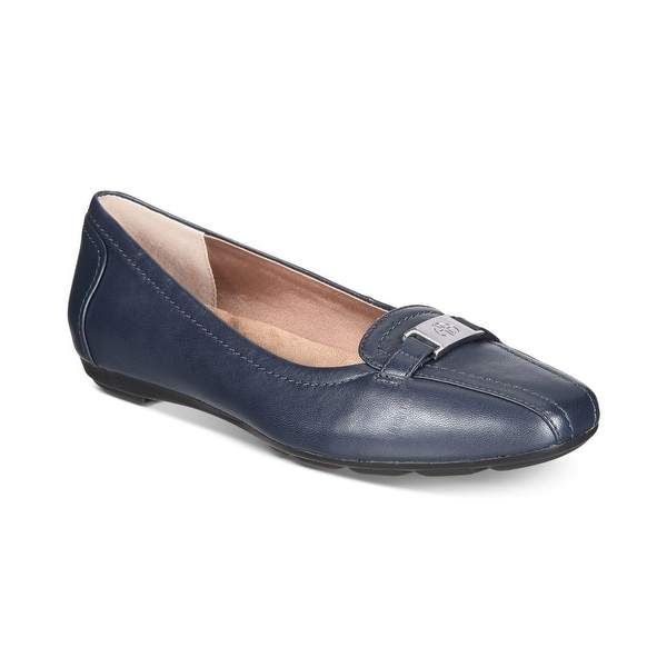 Giani Bernini Womens Jileese Closed Toe Loafers