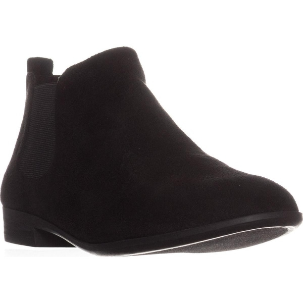 AR35 Stansie Pull-On Ankle Boots, Black