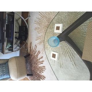 Safavieh Handmade Soho Burst Beige New Zealand Wool Rug - 8' x 8' Square
