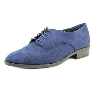 Bar III Women's Gelsey Lace Up Oxford Flats|https://ak1.ostkcdn.com/images/products/is/images/direct/b2cf92cb1fdfa0eef61890b84e91f96410c77003/Bar-III-Women%27s-Gelsey-Lace-Up-Oxford-Flats.jpg?impolicy=medium