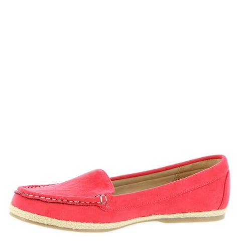 Beacon Womens Jeannie Closed Toe Loafers