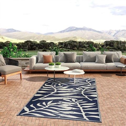 Lightweight Indoor Outdoor Reversible Plastic Area Rug - Leaf Pattern - Blue/White