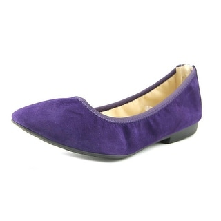 Nine West Giovedi   Round Toe Suede  Flats